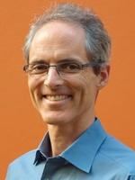 O alemão/brasileiro Hans Rauschmayer será o instrutor, ele é consultor em eficiência energética reconhecido internacionalmente