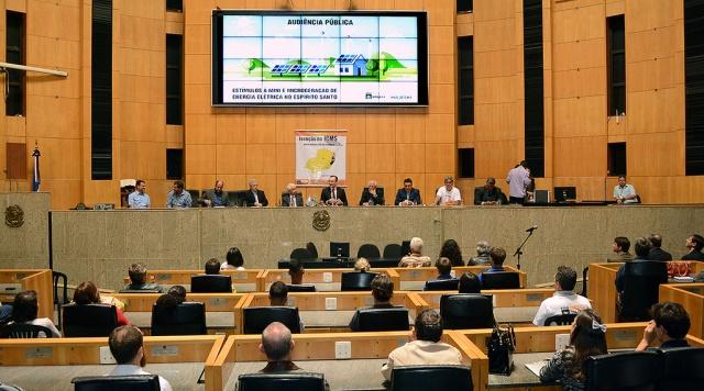 Audiência Pública realizada na Assembleia Legislativa debateu os incentivos a energia solar no Espírito Santo (Foto: Ales)